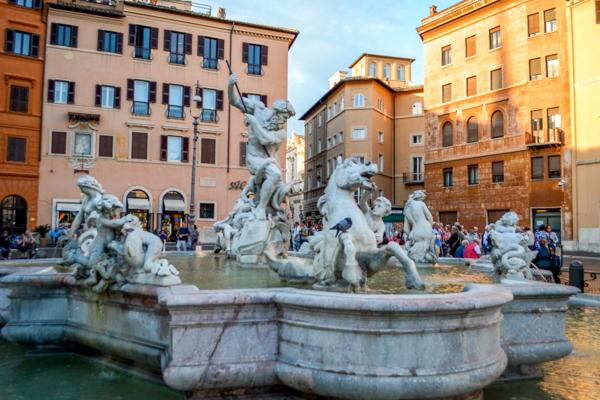 Piazza Navona Fontana de netuno