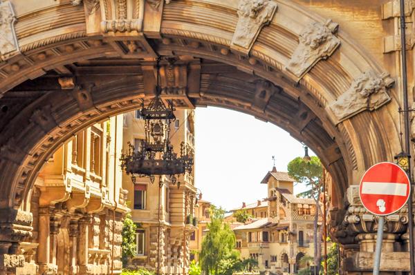 Quartiere Coppedè - um bairro mágico em Roma