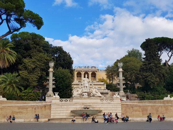 Piazza del Popolo, suas curiosidades e atrações - EmRoma.com