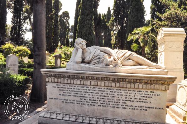 Cemitério Não Católico - Um cemitério diferente em Roma - EmRoma.com
